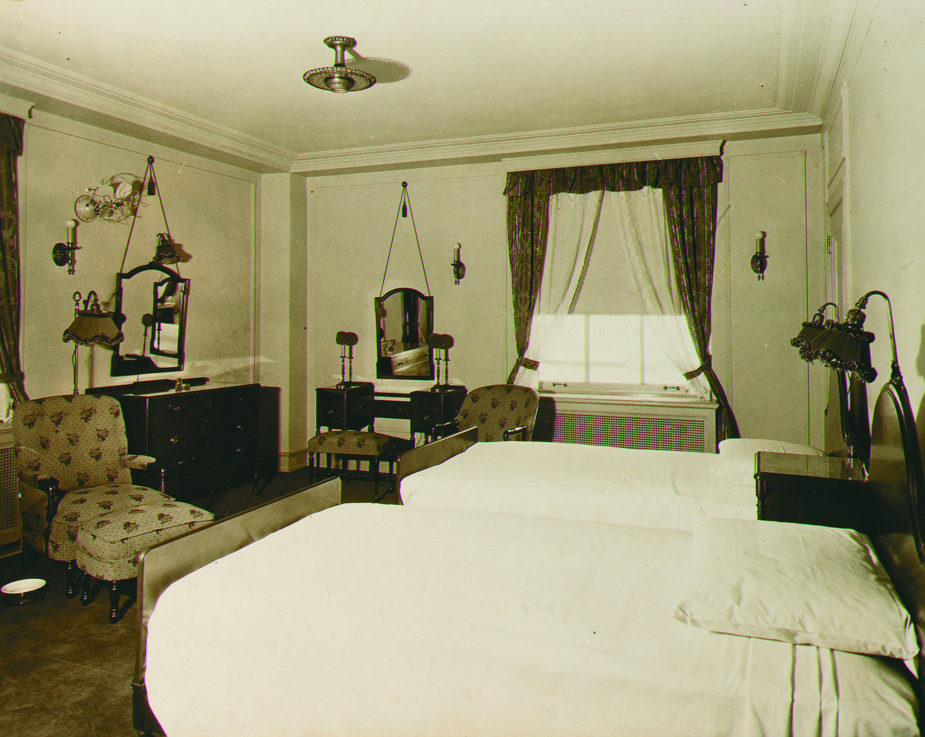 Peabody Hotel room, 1925, likely a corner room (Courtesy of The Peabody Hotel)