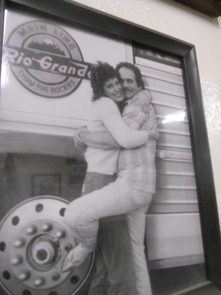 Leona and Merle just havin' fun on the barn wall of fame.