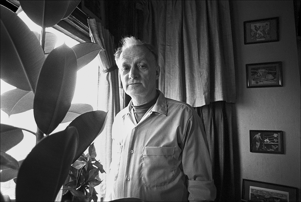 Algren at Home (Robseymour.com)