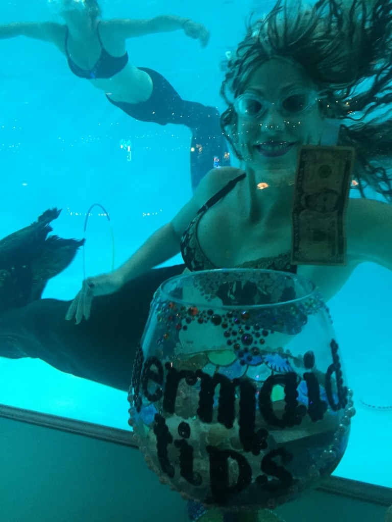 Tracy the Mermaid (Dave Hoekstra photo and tip)